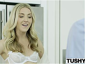 Bosses wifey Karla Kush first-ever time ass fucking