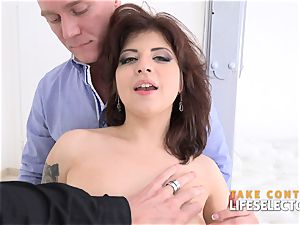 Angelin joy - pleasuring 2 jizz-shotguns