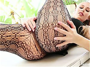 chesty Nicole Aniston takes a dick deep in her humid labia