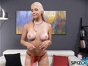 jaw-dropping ultra-kinky babe Sarah Vandella has a culo plug rammed in her arse