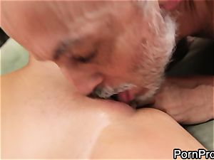 fuckslut Alanah Rae gets tongued out by a wrinkly granddad