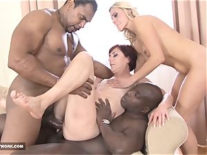 Matures in hardcore interracial group hook-up facial cumshot jizz