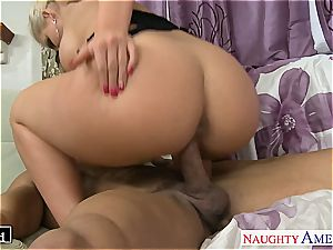fashionable Phoenix Marie takes dick in her bald slot
