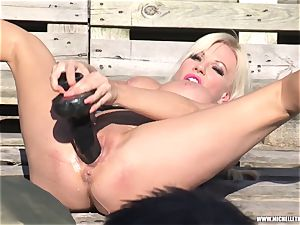 blondie superslut strokes with humungous fucktoy peeing and face sitting