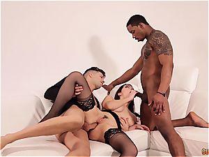 Valentina Nappi gets DPd by a ebony and a white man