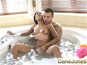 Dane Jones extraordinaire blow-job and red-hot bathtub plumb