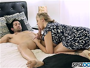queen of cougars Julia Ann displays this youthful stud how it's done