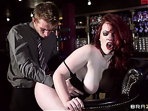 redhead Jaye Rose uses her udders to get the job