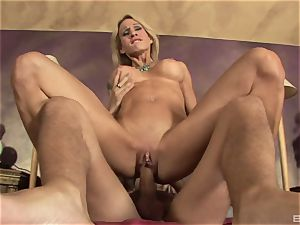 light-haired cougar with enormous faux breasts Sarah Jessie