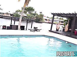 PropertySex platinum-blonde Agent Jade Amber nails Rich dude