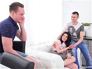 Sell Your girlfriend - Lindsey Vood - watching girlfriend take thick pecker