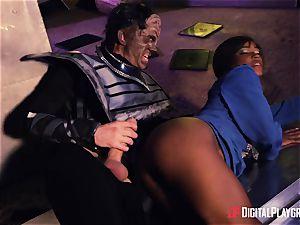 Kiki Minaj & Danny D - Klingons against the brave team of the Enterprise