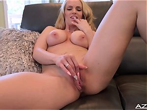 Rachel Cavalli gets bare completing with orgasm