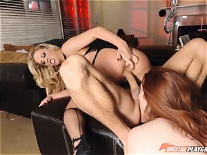 cum-exchanging snatch birthday party - Cherie Deville and Veronica Vain