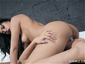 Sophia Leone munching out her buddy
