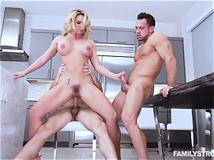 Phoenix Marie gets a scorching 3some at the dinner table