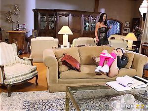 childminder Belle Knox seduced by Kendra zeal and her stud